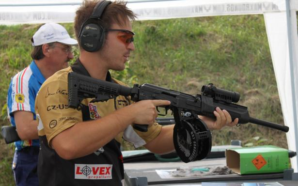 Adam Týc and Maxrounds PowerMag700