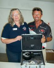Michael Voight with prize from Maxrounds